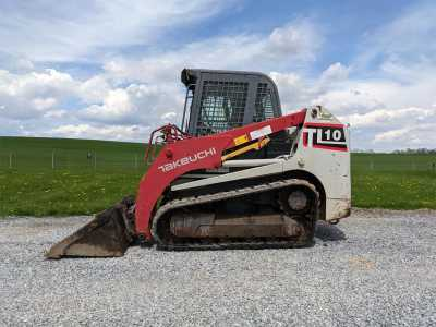 2013 TAKEUCHI TL10 Skid Steer Loaders - Crawler