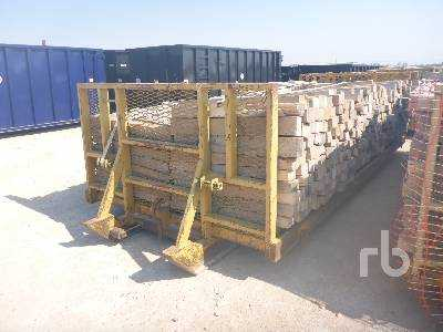 View 20 FT FLATBED ROLLOFF SKID - Listing #18136261