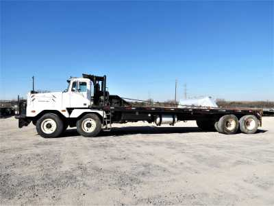 View 1999 WESTERN STAR 6984S - Listing #18674942