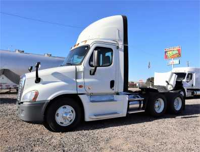 View 2014 FREIGHTLINER CASCADIA 125 - Listing #18679556
