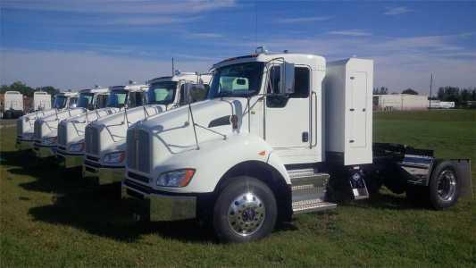2021 KENWORTH T440 Day Cab Trucks Truck