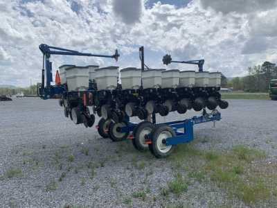 View 2013 KINZE 3500 - Listing #18727352