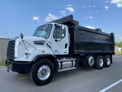 View 2021 FREIGHTLINER 108SD TWO COMPARTMENT DUMP - Listing #19894150