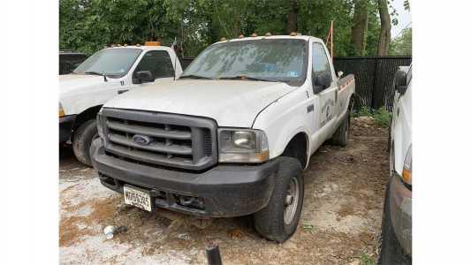 2003 FORD F350 XL Pickup Trucks Truck