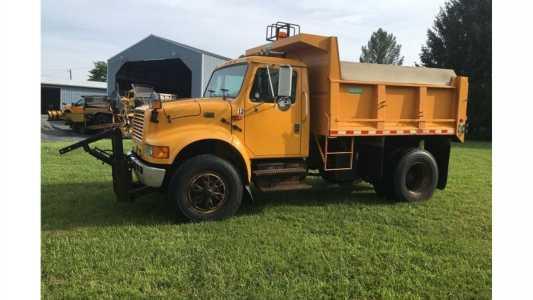 1995 INTERNATIONAL 4900 Dump Trucks Truck