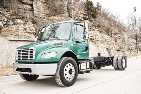 View 2015 FREIGHTLINER BUSINESS CLASS M2 106 - Listing #286164