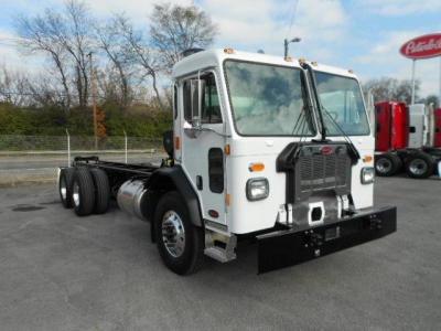 2020 PETERBILT 520 Cab and Chassis Trucks Heavy Duty