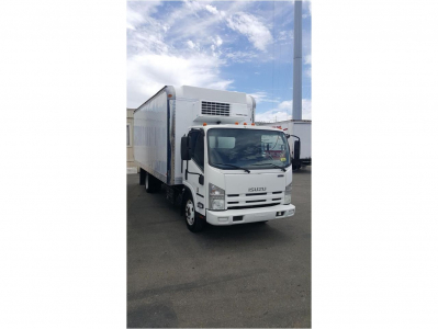2011 ISUZU NRR Reefer, Refrigerated Trucks Truck