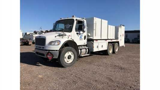 View 2011 FREIGHTLINER BUSINESS CLASS M2 106 - Listing #18669751